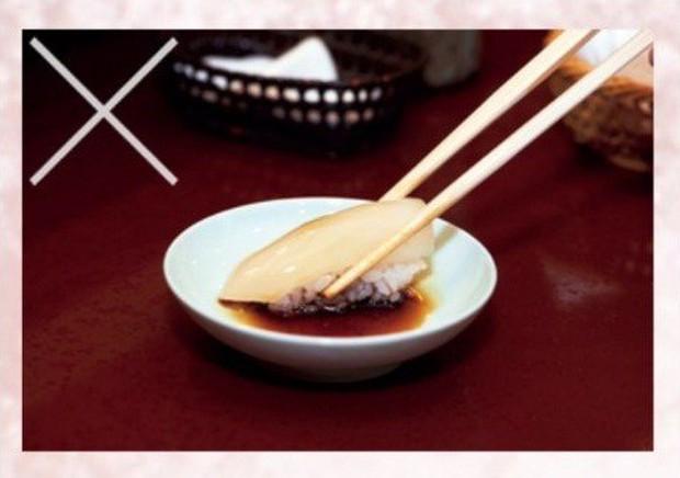 Đầu bếp sushi nổi tiếng nhất Nhật Bản chia sẻ bí quyết cho sushi hoàn hảo và cách ăn đúng chuẩn - Ảnh 10.