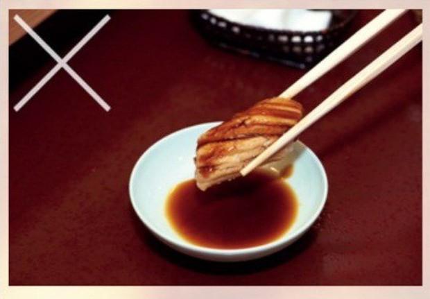 Đầu bếp sushi nổi tiếng nhất Nhật Bản chia sẻ bí quyết cho sushi hoàn hảo và cách ăn đúng chuẩn - Ảnh 11.