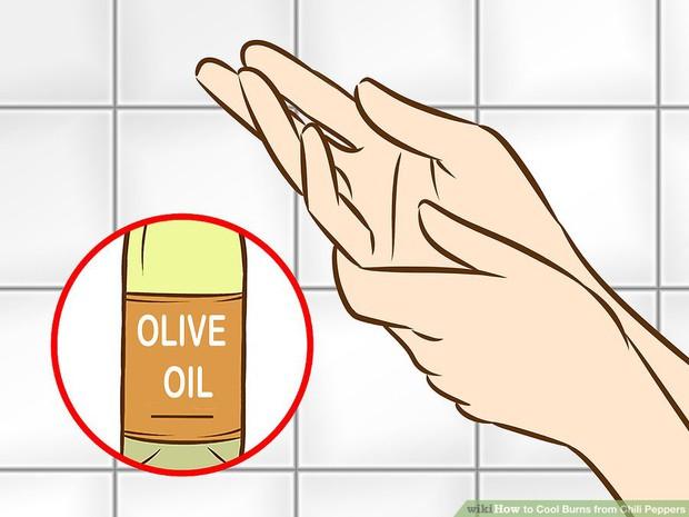 4 cách cắt ớt không bỏng tay, người mê ăn cay mà bỏ qua thì quá phí! - Ảnh 2.