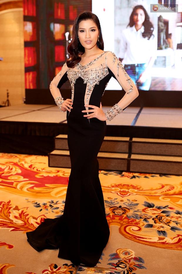 Họp báo show thực tế Hoa hậu Hoàn vũ: Phạm Hương đọ sắc với Nữ hoàng sắc đẹp Mỹ Latinh - Ảnh 12.