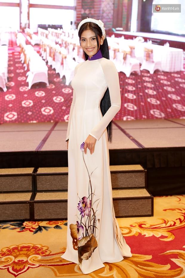 Họp báo show thực tế Hoa hậu Hoàn vũ: Phạm Hương đọ sắc với Nữ hoàng sắc đẹp Mỹ Latinh - Ảnh 13.