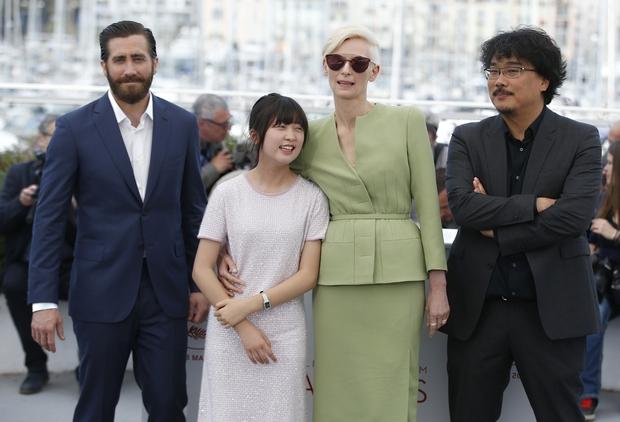 Thiên thần nhí Dream High không còn là cô bé ngày xưa mà tự tin bước trên thảm đỏ Cannes - Ảnh 6.