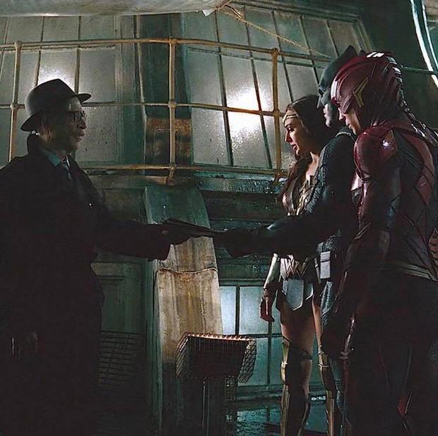 Tất tần tật những cảnh bị cắt gọt khỏi bản chiếu rạp của Justice League - Ảnh 32.