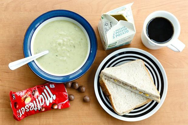 Có gì trong bữa trưa của dân văn phòng từ các nước trên thế giới? - Ảnh 2.