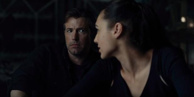 Tất tần tật những cảnh bị cắt gọt khỏi bản chiếu rạp của Justice League - Ảnh 6.
