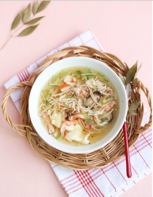Cuối tuần rảnh rảnh làm súp cua nóng hổi theo cách của người Nhật - Ảnh 11.