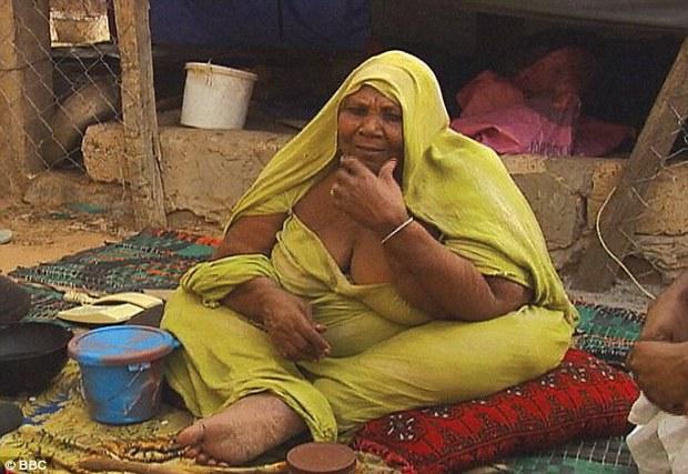 Ghé thăm nơi vỗ béo phụ nữ tại Mauritania - khi chuẩn mực cái đẹp trở thành cực hình - Ảnh 1.
