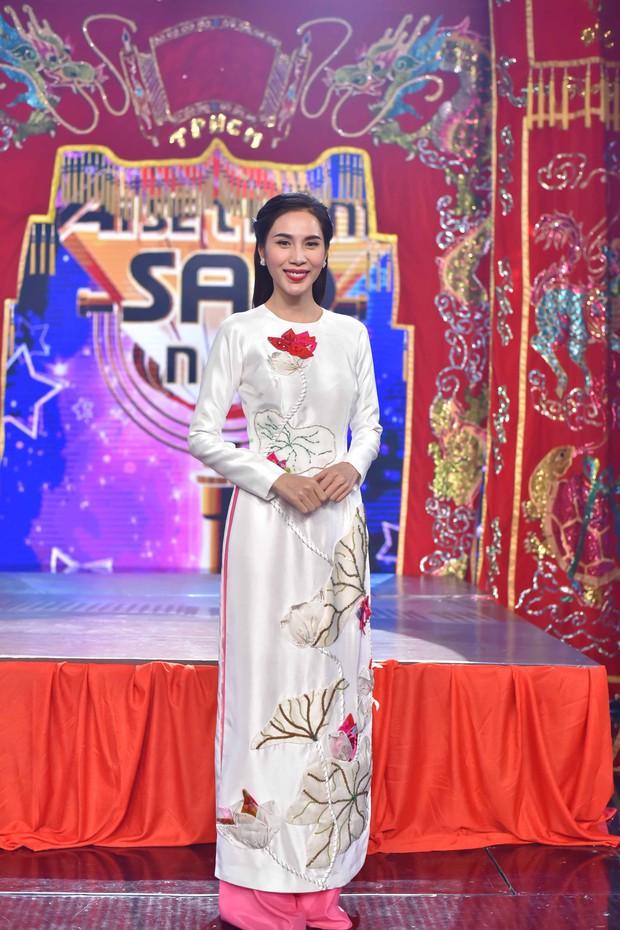 Sau album Bolero, Thủy Tiên mang cả gánh hát miền Tây lên truyền hình cho học trò nhí - Ảnh 3.