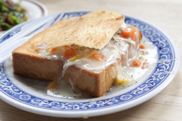 Bánh mì quan tài, món ăn nổi tiếng ở các con phố Đài Loan bạn đã thử chưa? - Ảnh 8.