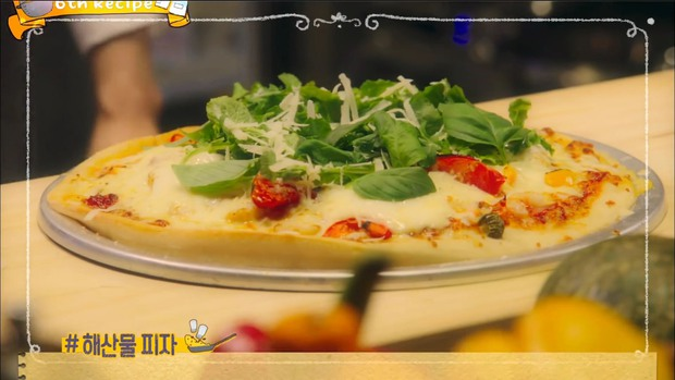Bất ngờ với pizza hải sản không mùi tanh từ đầu bếp Yoo Yeon Seok trong Warm and Cozy - Ảnh 12.