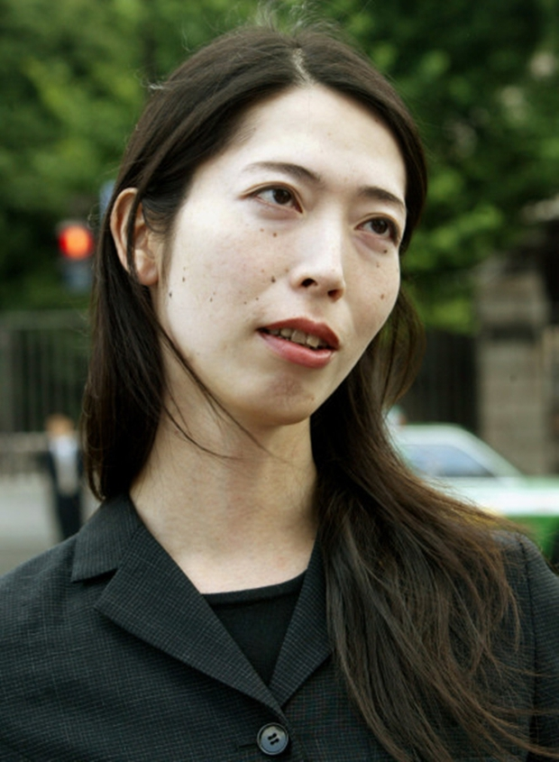Người chuyển giới ở Nhật Bản, họ muốn được coi là những người bệnh! - Ảnh 3.