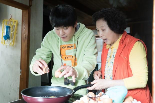 Ngày Không Còn Mẹ: Hiện tượng phim Hàn khiến khán giả Việt khóc nguyên rạp - Ảnh 3.