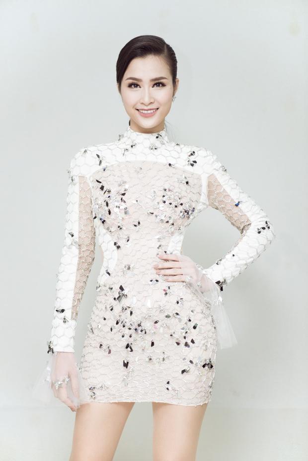 Diện váy xuyên thấu tỏa sáng, Đông Nhi được khen ngợi trên thảm đỏ Asia Song Festival 2017 - Ảnh 12.