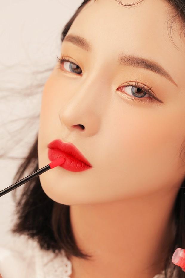 3CE vừa ra son kem lì 10 màu đẹp mê ly giá chỉ 300.000 VNĐ, con gái Việt ngay lập tức bật báo động cấp 1 - Ảnh 29.