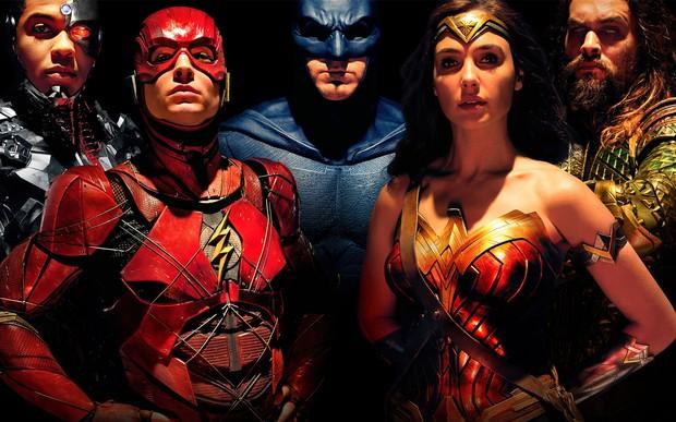 Fan hoang mang khi thấy poster mới xuất hiện của Justice League xấu đau đớn - Ảnh 4.