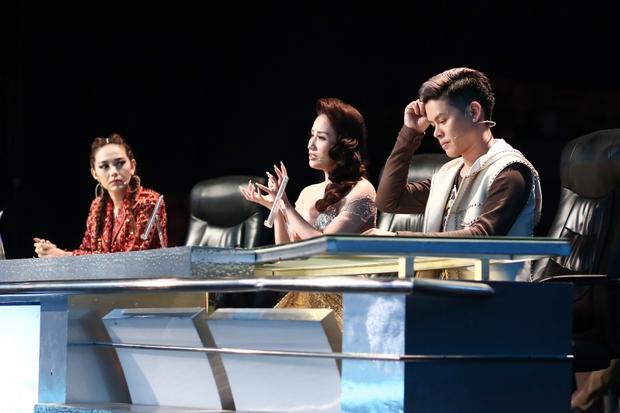 Clip: Khánh Thi mượn Sơn Tùng M-TP hit Lạc trôi đưa lên sàn nhảy - Ảnh 1.