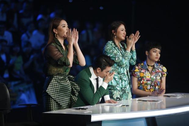 Vietnam Idol Kids: Các giám khảo đồng loạt rơi nước mắt khi cô bé này bị loại - Ảnh 3.