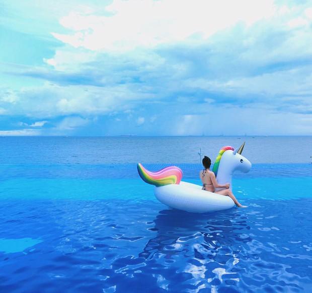 Bạn sẽ mê mẩn 3 hồ bơi tràn bờ biển siêu đẹp và rất gần Sài Gòn này mất! - Ảnh 10.