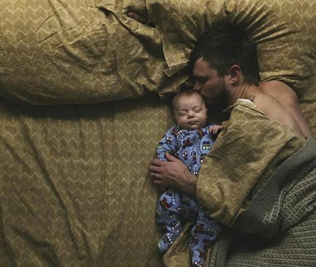 18 khoảnh khắc tình như cái bình giữa bố và con - Ảnh 9.