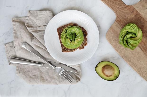 Những loại thực phẩm giữ độ ẩm cho da mà bạn nên bổ sung thường xuyên - Ảnh 3.