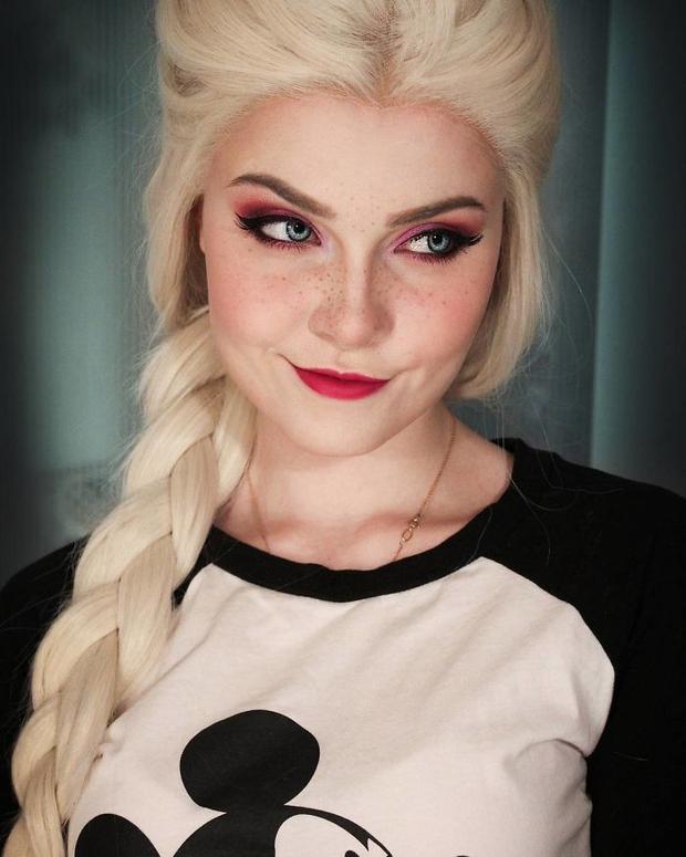 Thánh nữ cosplay người Nga này có thể hóa thân thành bất cứ ai, ngoại hình của cô ấy sẽ khiến bạn bất ngờ - Ảnh 19.