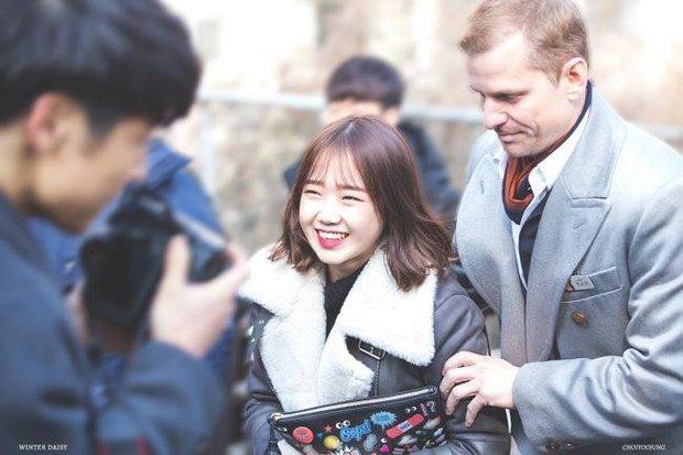 Những ông bố của mỹ nam mỹ nữ hàng đầu xứ Hàn: Đẹp đến tầm tài tử cũng phải ghen tị - Ảnh 9.
