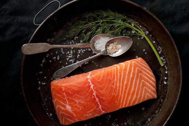 Những loại thực phẩm giữ độ ẩm cho da mà bạn nên bổ sung thường xuyên - Ảnh 1.
