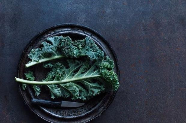 Vô tình hít khói thuốc lá từ môi trường, hãy ăn các thực phẩm này để hạn chế tác hại - Ảnh 10.
