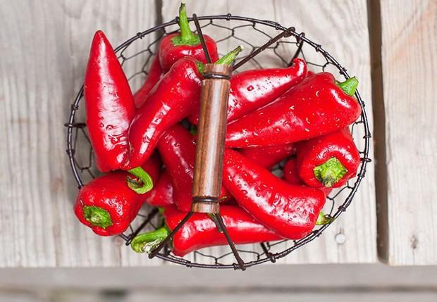 Team ăn cay sẽ thích thú khi biết được những siêu lợi ích từ ớt dành cho sức khỏe - Ảnh 6.