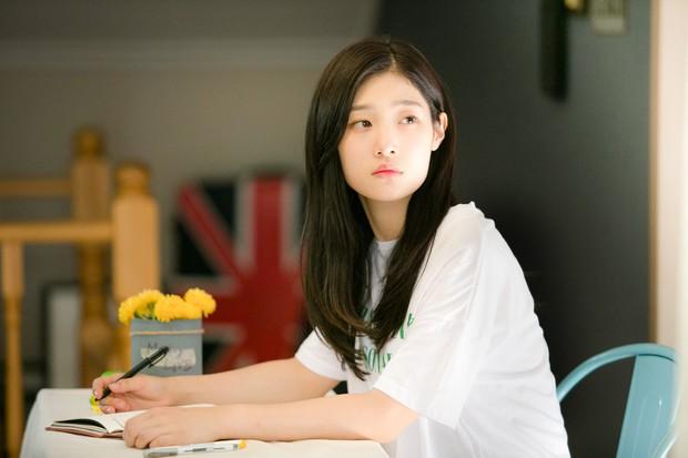 Chi Pu đóng vai nhạc sĩ, cặp kè người tình MV Jin Ju Hyung trpong phim điện ảnh Việt - Hàn - Ảnh 3.