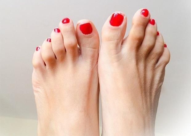 Ngón chân trỏ dài hơn ngón chân cái và cái kết chỉ 15% dân số thế giới phải chịu - Ảnh 1.