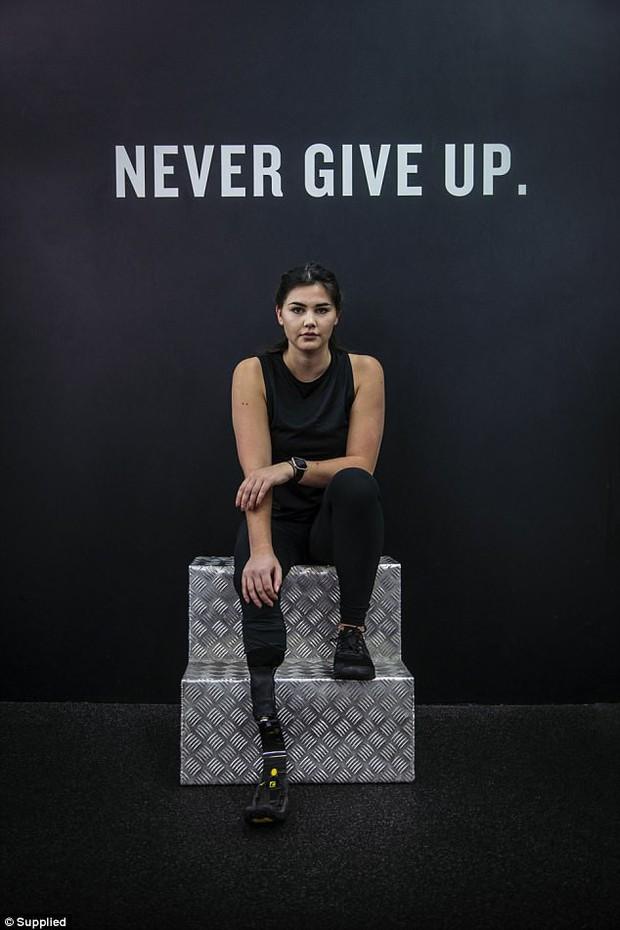 Mỗi tấm ảnh đăng lên, cô gái này lại truyền cảm hứng cho hàng ngàn người, lý do nằm ở đôi chân cô ấy - Ảnh 17.