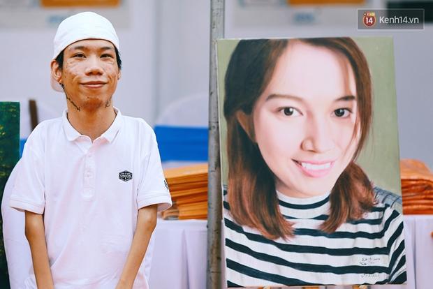 Họa sĩ khuyết tật Lê Minh Châu vẽ chân dung học trò để triển lãm tại gian hàng Sáng kiến Màu cam - Ảnh 5.