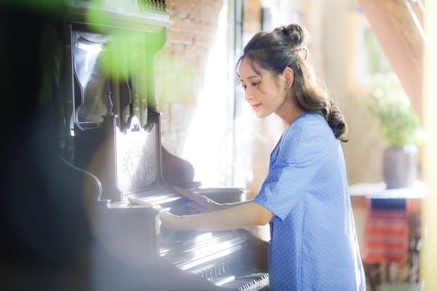 Chi Pu đóng vai nhạc sĩ, cặp kè người tình MV Jin Ju Hyung trpong phim điện ảnh Việt - Hàn - Ảnh 1.