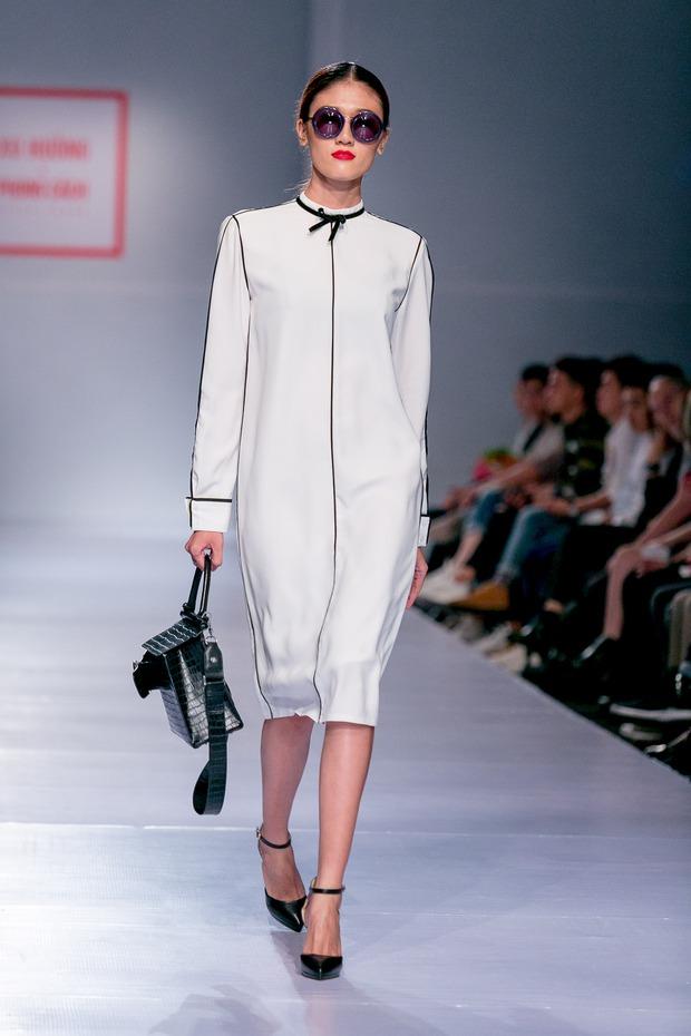 Chán catwalk, mẫu Việt phóng hẳn xe điện cân bằng lao vun vút trên đường băng trông cực cool - Ảnh 7.