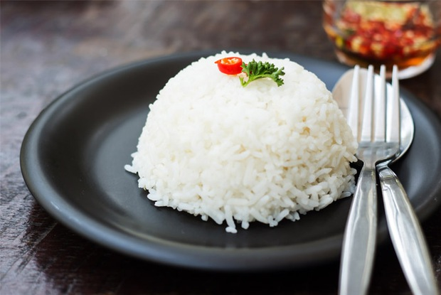 Các nhà khoa học Anh hướng dẫn cách bảo quản cơm nguội để không gây hại cho sức khỏe - Ảnh 2.