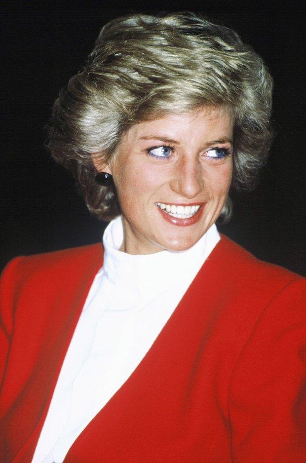 Thú vị: không phải đen hay nâu, công nương Diana chỉ trung thành với đường kẻ mắt màu xanh dương - Ảnh 8.