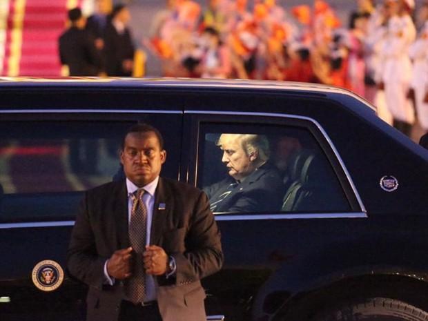 Tổng thống Mỹ Donald Trump đến Hà Nội, an ninh thắt chặt ở các tuyến phố trung tâm - Ảnh 17.