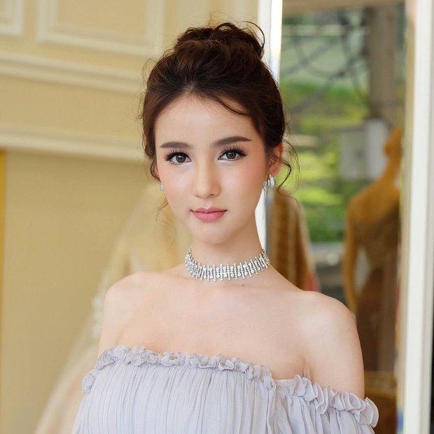 Hoa hậu chuyển giới Thái Lan 2017, Nong Poy, cựu Hoa hậu trong cùng một khung hình: Ai đẹp hơn? - Ảnh 5.