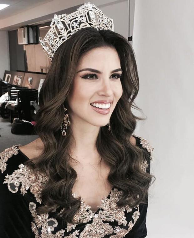 Ngắm gương mặt và vóc dáng tuyệt vời như nữ thần của Hoa hậu đăng quang Miss Grand International 2017 - Ảnh 10.