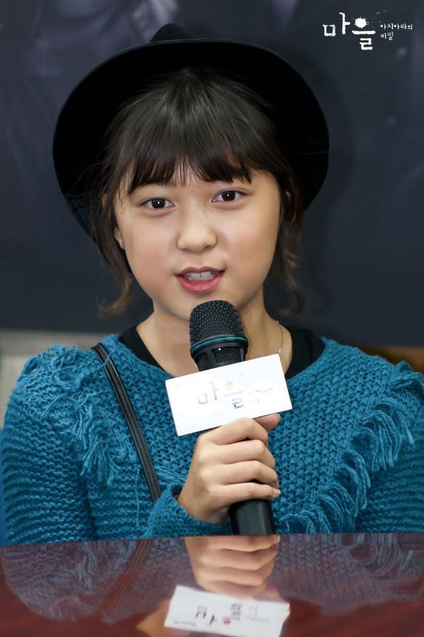 Thiên thần nhí Dream High không còn là cô bé ngày xưa mà tự tin bước trên thảm đỏ Cannes - Ảnh 8.