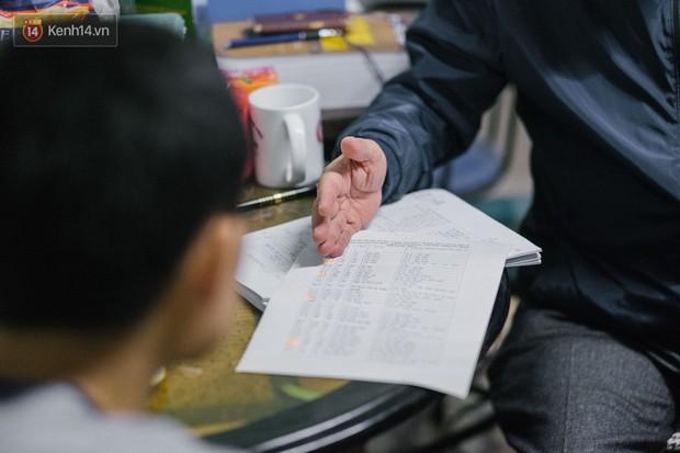 PGS.TS Bùi Hiền nói về đề xuất cải tiến tiếng Việt bị ném đá: Họ dùng chính chữ của tôi để chửi tôi, chứng tỏ chữ này rất nhạy, rất nhanh vào đầu! - Ảnh 5.