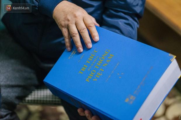 PGS.TS Bùi Hiền nói về đề xuất cải tiến tiếng Việt bị ném đá: Họ dùng chính chữ của tôi để chửi tôi, chứng tỏ chữ này rất nhạy, rất nhanh vào đầu! - Ảnh 6.