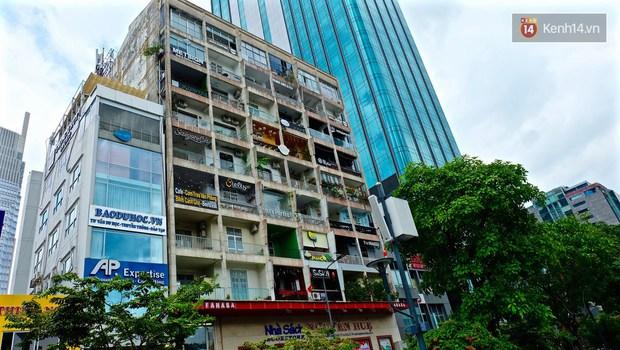 Các cửa hàng ở chung cư 42 Nguyễn Huệ nếu bị buộc phải đóng cửa, giới trẻ Sài Gòn lại mất một điểm vui chơi - Ảnh 1.
