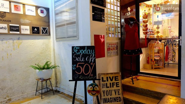 Các cửa hàng ở chung cư 42 Nguyễn Huệ nếu bị buộc phải đóng cửa, giới trẻ Sài Gòn lại mất một điểm vui chơi - Ảnh 4.