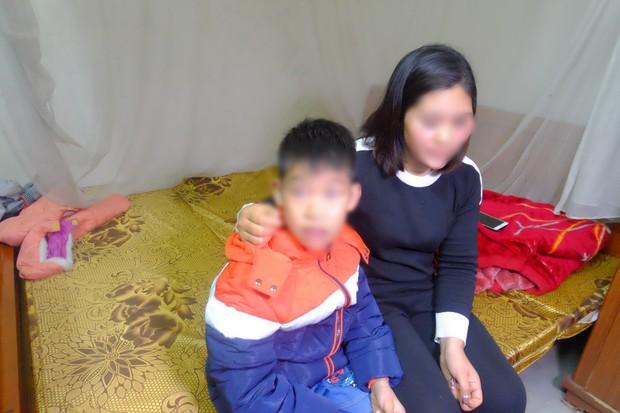 Hà Nội: Bố ruột dùng dây điện đánh đập con trai 9 tuổi dã man, mẹ đau đớn cầu cứu công an - Ảnh 7.