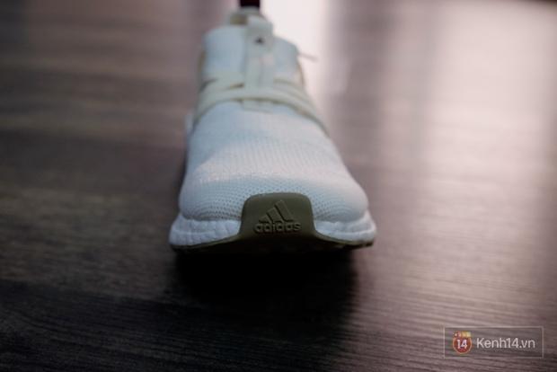 Review cận cảnh đôi adidas làm từ rác thải đại dương đã có mặt tại Việt Nam: đẹp - nhẹ và đế ngoài siêu bền - Ảnh 23.