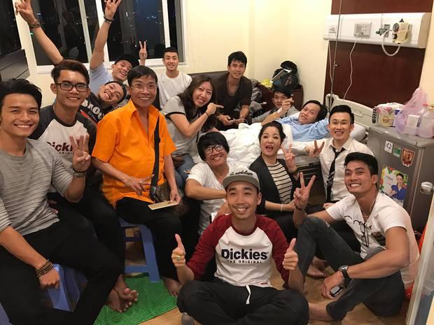 Hoài Linh phải nhập viện vì nhiễm trùng đường ruột, ngộ độc thức ăn - Ảnh 2.