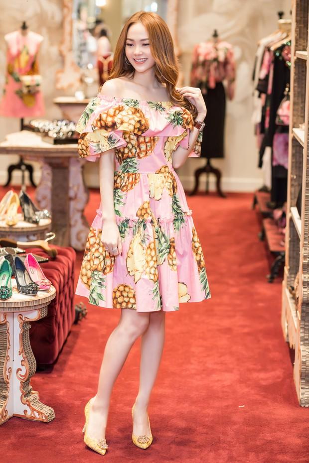 An Nguy hai lưng và Kelly Nguyễn gợi cảm, ai diện chiếc đầm hồng công chúa xinh hơn? - Ảnh 9.