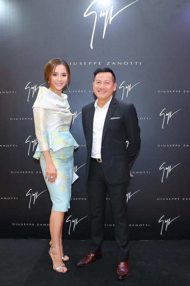 Chi Pu và Phí Phương Anh cùng đọ sắc với tông đen ở sự kiện thời trang, ai mặc đẹp hơn? - Ảnh 9.